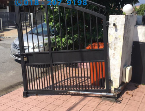 Gate Fall & Hit The Car – Gate Bearing Replacement Services In Klang Valley